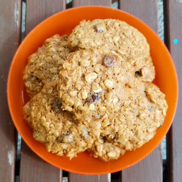 Soft and Chewy Oatmeal Honey Raisin Cookies